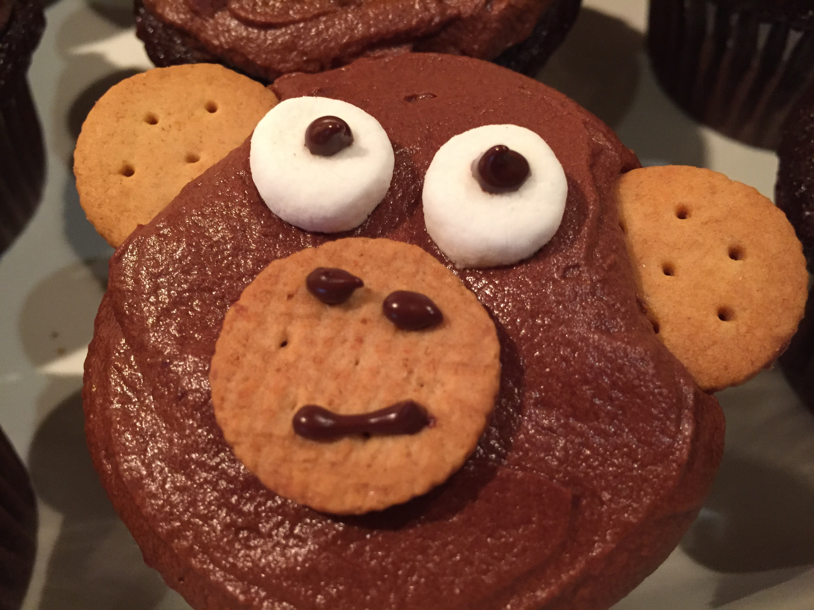 Add The Three Wafers Per Cupcake Creating A Face, And Ears Push In The  Marshmallows To Form The Eyes